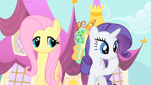 File:Rarity hold up S1E20.png