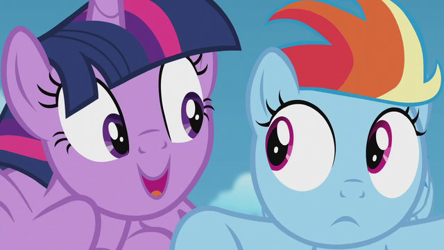 File:Twilight gets uncomfortably close to Rainbow S5E25.png