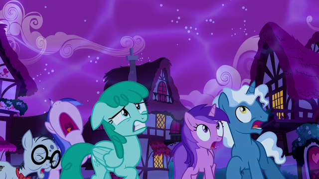 File:Ponies frightened by the Tantabus S5E13.png