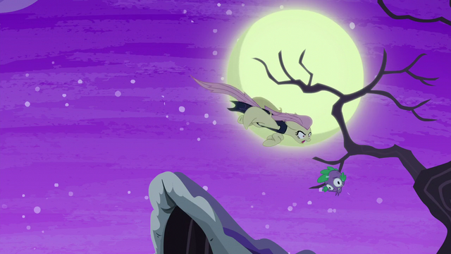 File:Flutterbat tosses the fake Spike head away S5E21.png