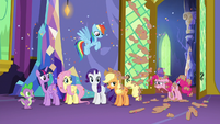 Pinkie Pie with confetti cannon in her mane S5E3