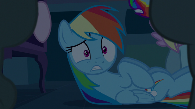 File:Rainbow scared of the cookie zombies S6E15.png