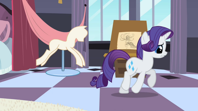 File:Rarity pondering her decision S2E09.png