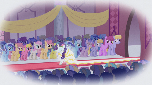 File:Rarity wedding S01E03.png