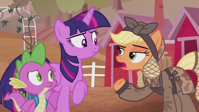 File:Applejack mentions war with King Sombra S5E25.png