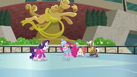Rarity shocked S6E3