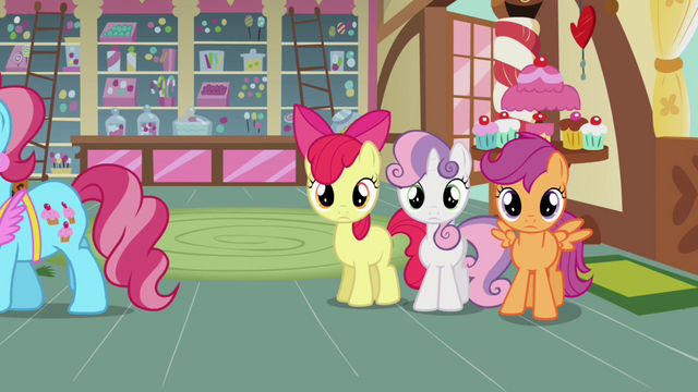 File:CMC somepony watching S2E17.png