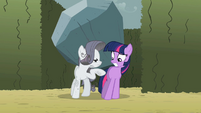 "Rarity ""I know where you live"" S2E01"