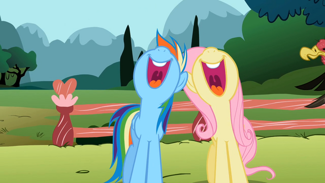 File:Rainbow Dash and Fluttershy singing in unison S2E7.png