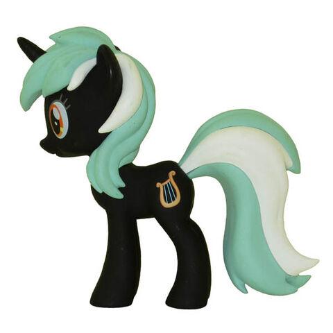 File:Funko Lyra black vinyl figurine.jpg