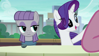 Rarity calling the waiter S6E3