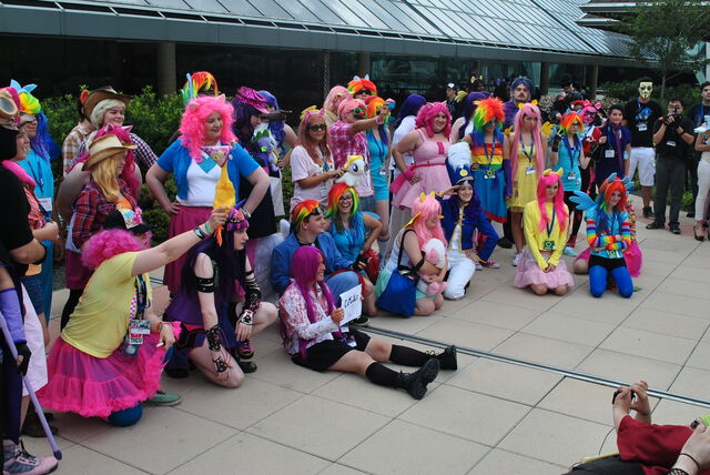 File:BronyCon 2014 cosplay contest.jpg