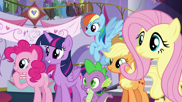 File:Rarity's friends see the new dress; Pinkie looks at something else S5E14.png