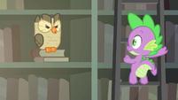 Owlowiscious hoots at Spike S4E23
