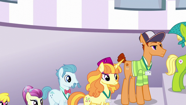 File:Line of delegates outside Twilight's tower S5E10.png
