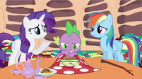 Rarity agree with Rainbow Dash S2E21