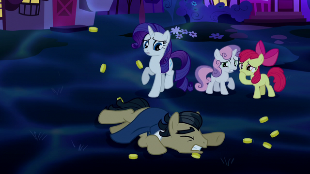 File:Rarity and Crusaders shocked; Filthy Rich falls S5E13.png