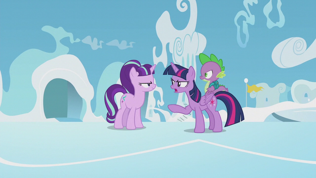 File:Twilight knows what Starlight is up to S5E25.png