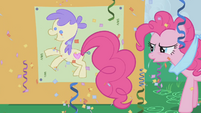 Pinkie Pie pins her tail on the pony S1E03