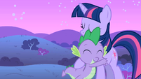 Spike and Twilight hugging S01E24
