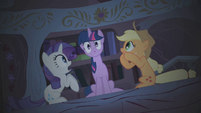 Twilight headless horse S1E8