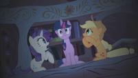 Twilight headless horse S1E8
