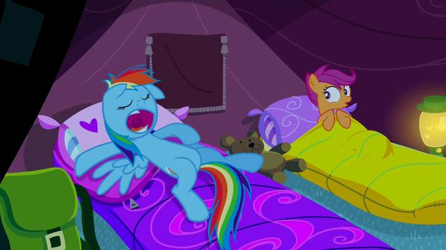 File:Snoring Rainbow Dash S03E06.png