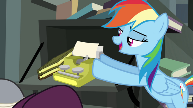File:Rainbow Dash pushing typewriter S4E04.png