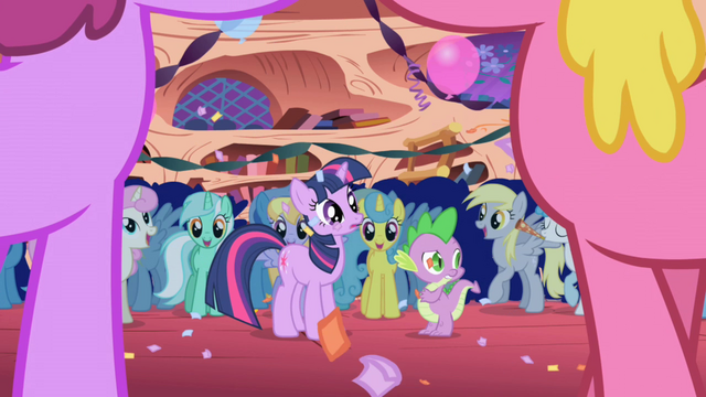 "File:Everypony ""Surprise!"" S1E1.png"
