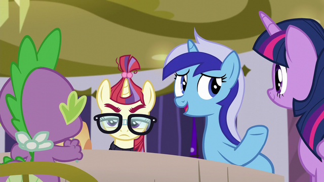 File:Minuette asks Spike to tell the sleepover story S5E12.png