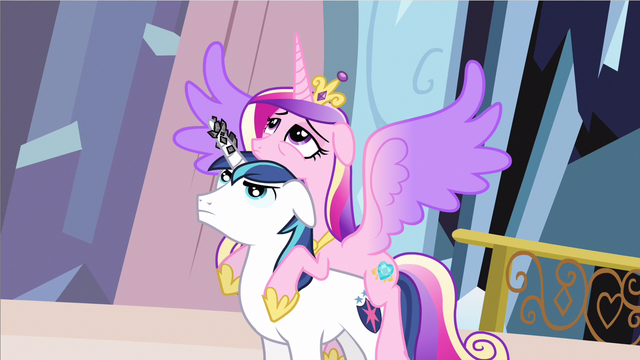File:Princess Cadance wings spread out S3E2.png