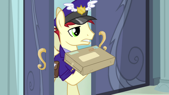 File:Mailpony holding up package S4E04.png