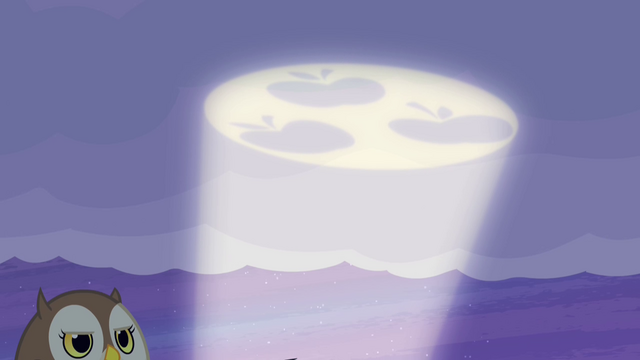 File:Applejack's pony signal S4E07.png