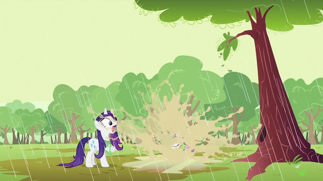 File:Sweetie Belle landing to puddle S2E05.png