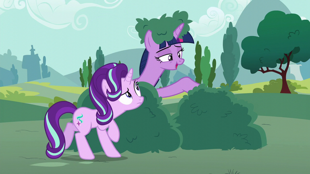 "File:Twilight Sparkle ""you can come out now"" S6E6.png"