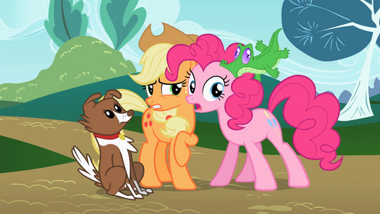 File:Applejack uncomfortable S2E7.png