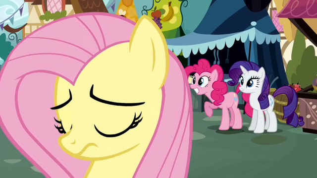 File:Pinkie Pie recommend S02E19.png