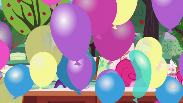 File:Balloons transition S5E26.png