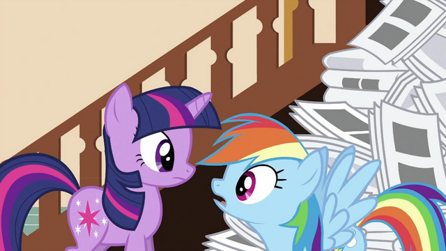 File:Rainbow Dash looking at Twilight S2E23.png