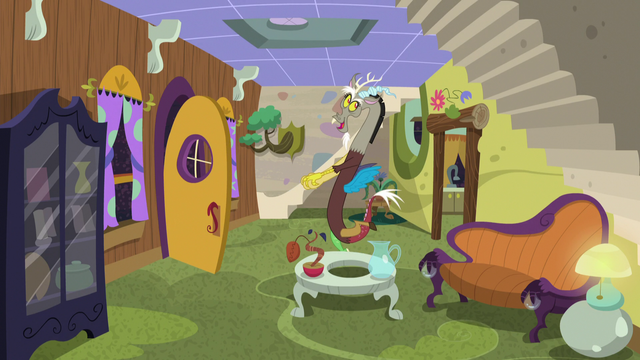 File:Discord imitating Fluttershy S5E7.png