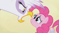 Gilda talks to Pinkie Pie S1E05