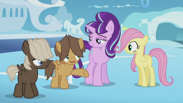 File:Hoops offering to help Fluttershy S5E25.png