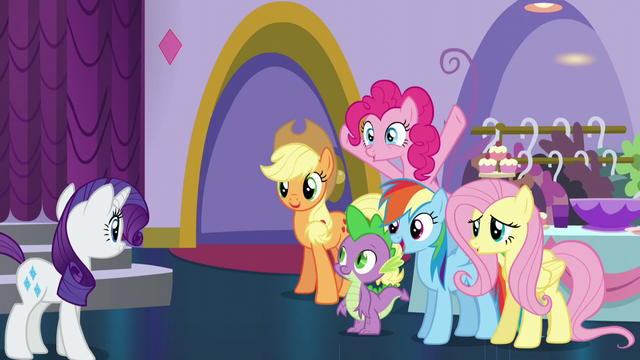 File:Rarity's friends cheer for Rarity S5E14.png