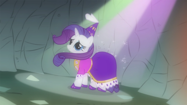 File:Rarity as seen in Spike's imagination S1E19.png