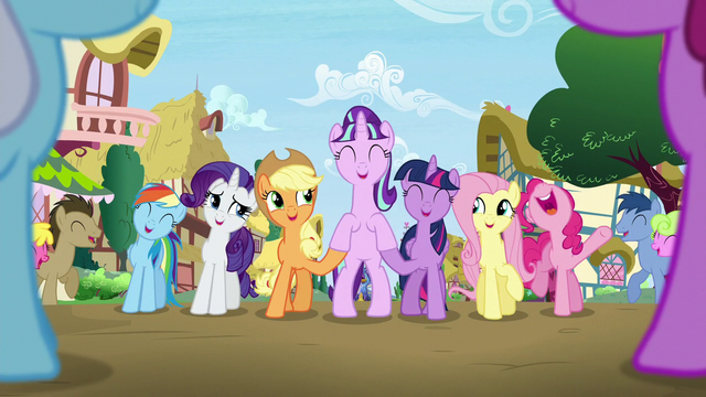 File:Starlight standing supported by Twilight and Applejack S5E26.png