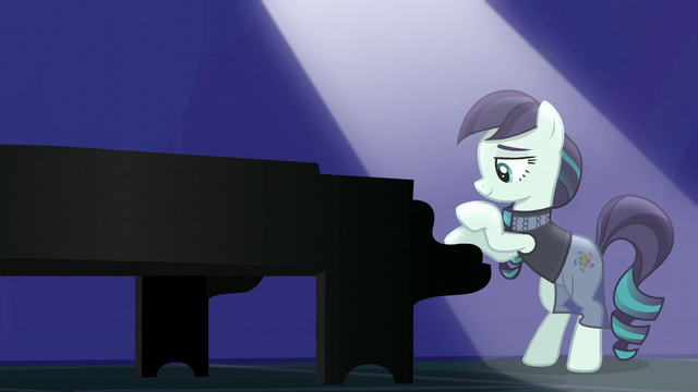 File:Coloratura starts playing piano S5E24.png
