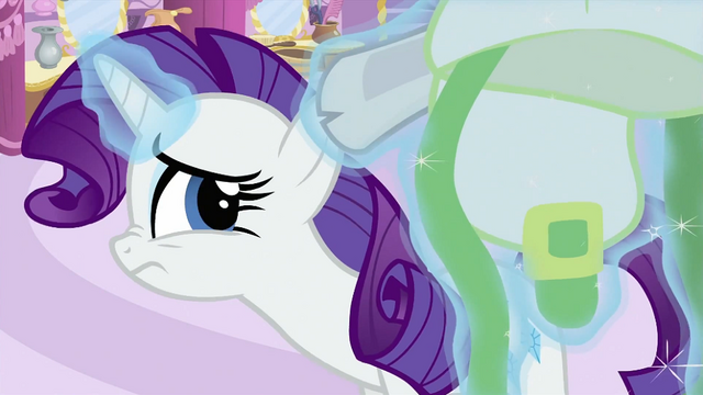 File:Rarity being curious S2E23.png