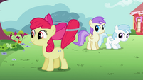 Apple Bloom happy from her new talent S2E6