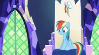 Rainbow Dash sitting in her throne S4E26