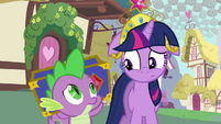 Twilight and Spike unsure faces S03E13